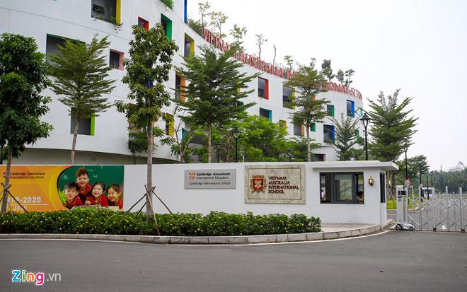 Nhiều học sinh trường Việt Úc đau bụng, nôn ói sau giờ cơm trưa - Ảnh 2