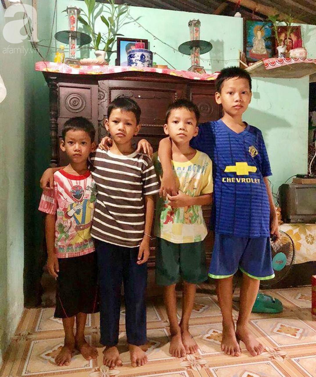 4 đứa trẻ mồ côi cha, ốm trơ xương vì đói ăn bên bà nội già yếu sau khi mẹ bỏ đi lấy chồng mới - Ảnh 1