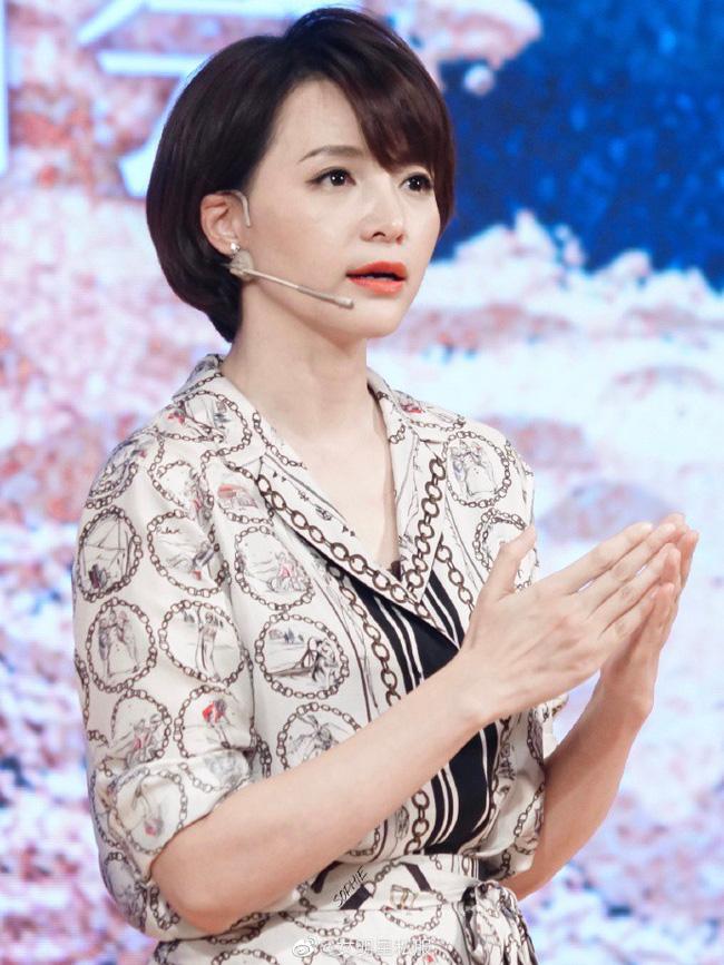 14 mỹ nhân Hoa ngữ ngoài 40 tuổi: Bên cạnh nhan sắc 'hack tuổi' còn gây trầm trồ với style và makeup xuất sắc - Ảnh 9