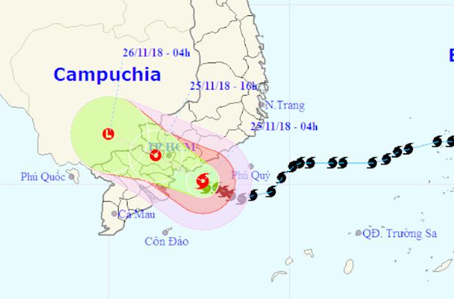 Bão số 9 đang rất gần Bà Rịa - Vũng Tàu với sức gió 75-100 km/h - Ảnh 7