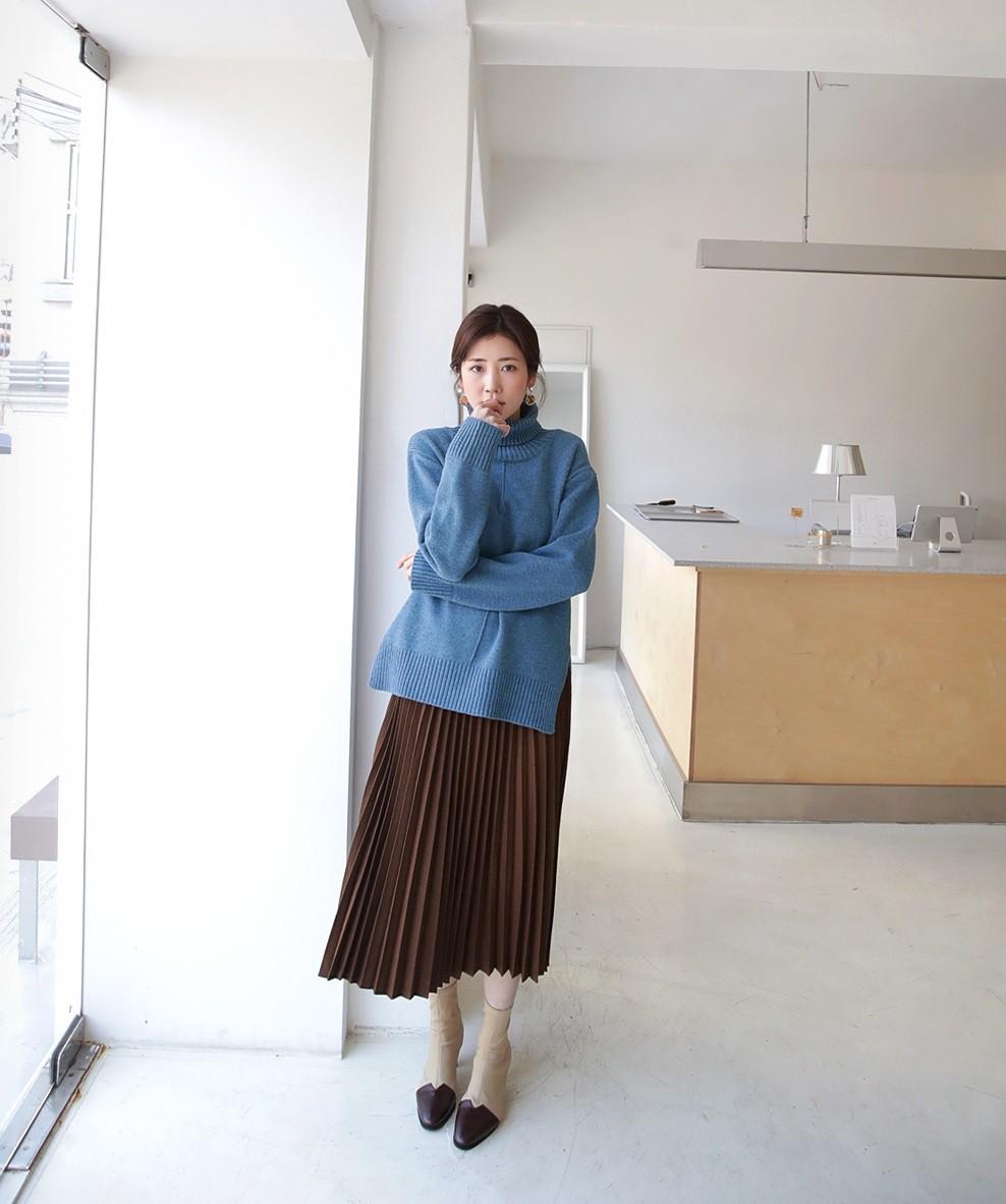 Đơn giản là áo len + chân váy thôi nhưng có đến 4 cách mix&match xinh mê hồn để bạn thỏa sức diện đông này - Ảnh 2
