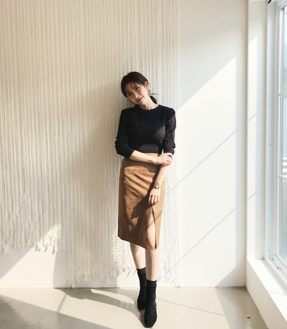 Đơn giản là áo len + chân váy thôi nhưng có đến 4 cách mix&match xinh mê hồn để bạn thỏa sức diện đông này - Ảnh 7
