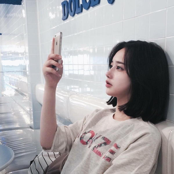 10 kiểu tóc ngắn Hàn Quốc xinh xắn cho nàng chơi Tết - Ảnh 2