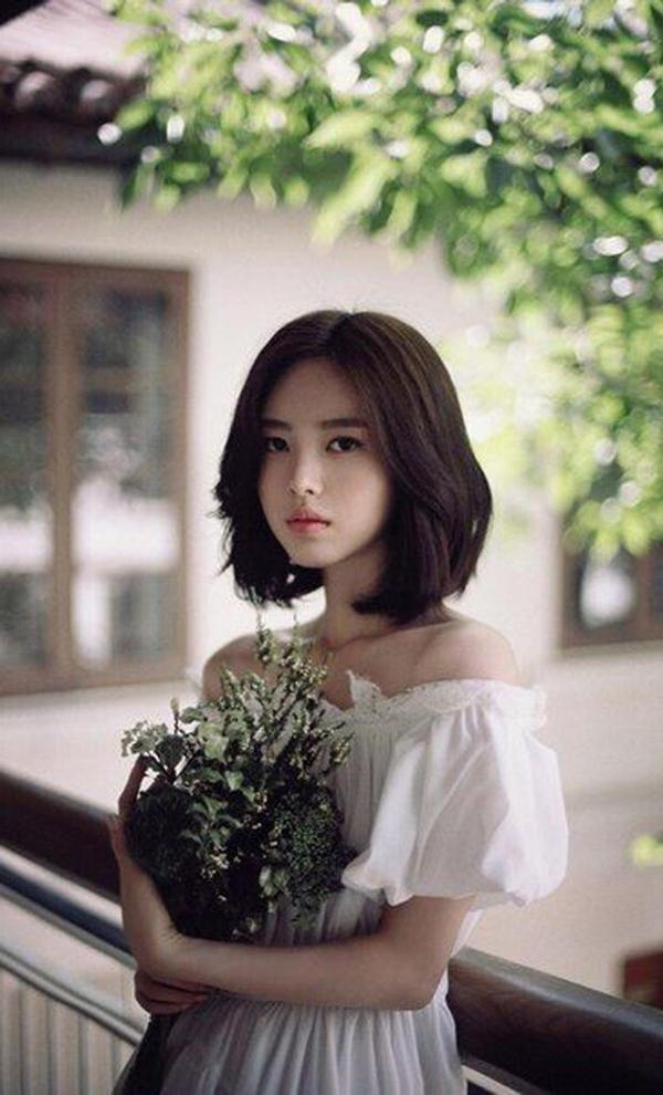 10 kiểu tóc ngắn Hàn Quốc xinh xắn cho nàng chơi Tết - Ảnh 9