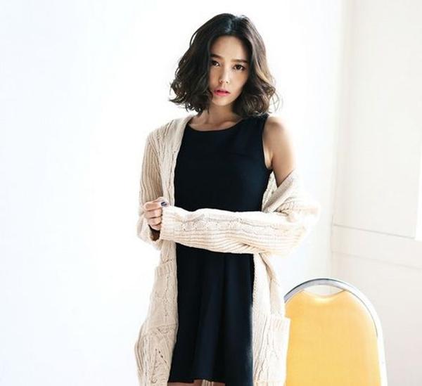10 kiểu tóc ngắn Hàn Quốc xinh xắn cho nàng chơi Tết - Ảnh 4