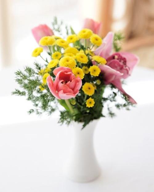 Học ngay cách cắm hoa cúc ngày Tết mang nhiều may mắn