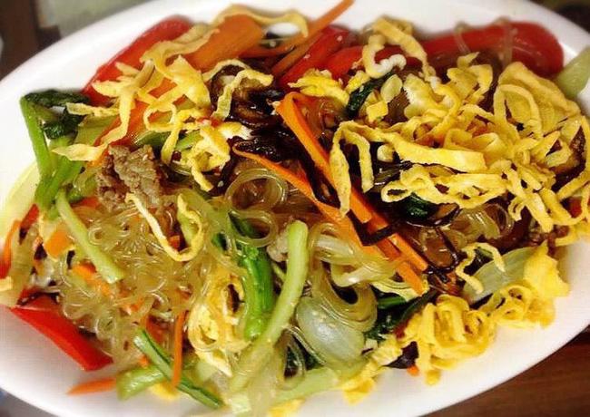 Có một món ngon ngày Tết độc nhất vô nhị ở Hàn Quốc mà lại gần giống người Việt, chị em không biết thì phí - Ảnh 2