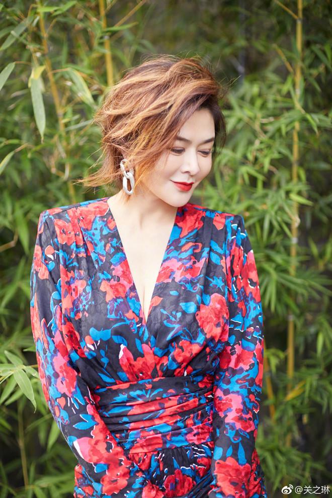 Ngỡ ngàng trước nhan sắc thời trẻ của nữ diễn viên U60 đứng đầu danh sách 'Top mỹ nhân đẹp nhất thế giới' - Ảnh 9