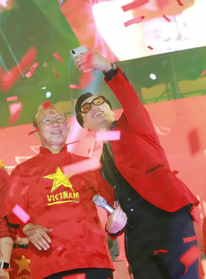 Sao Việt khóc cho tuyển VN: Công nghệ VAR thắng chứ Nhật không thắng - Ảnh 4