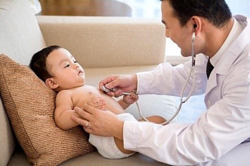 Cách chăm trẻ bị viêm phổi mau khỏi bệnh - Ảnh 1