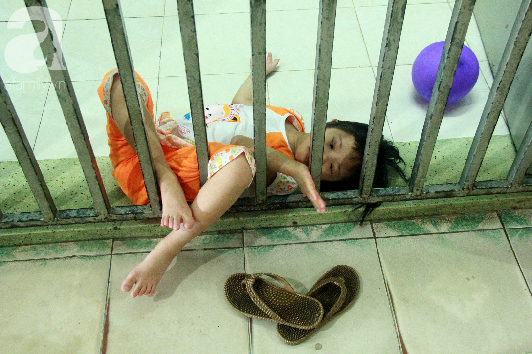 Ánh mắt cầu cứu của 232 đứa trẻ bị bố mẹ bỏ rơi, lớn lên từ vạt áo cà sa của người cha già nơi cửa Phật - Ảnh 15