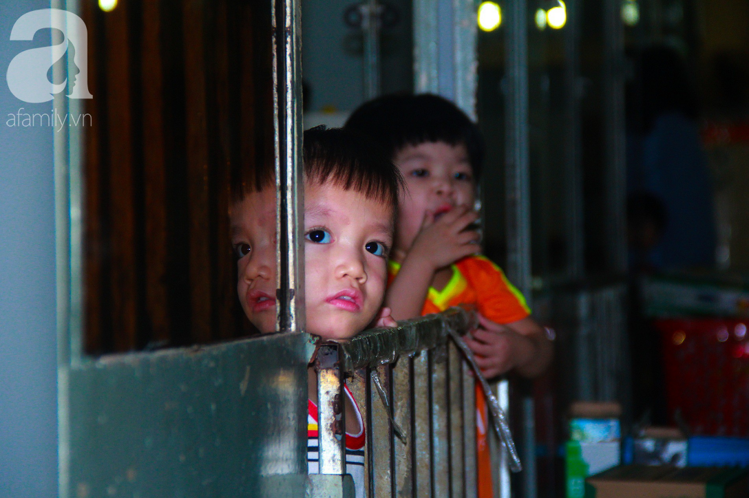 Ánh mắt cầu cứu của 232 đứa trẻ bị bố mẹ bỏ rơi, lớn lên từ vạt áo cà sa của người cha già nơi cửa Phật - Ảnh 18