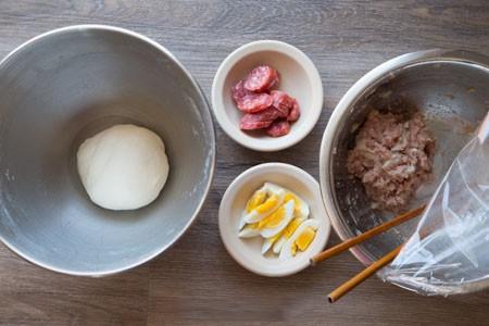 Cứ cuối tuần là tôi lại làm bánh bao, cả tuần có bánh bao ăn sáng ngon lành - Ảnh 1