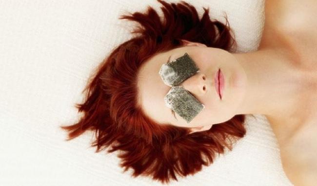 Tự làm mặt nạ giấy từ trà xanh để dùng, làn da sạm đen do cháy nắng hay nhăn nheo vì lão hóa cũng trở nên căng mịn, trắng hồng - Ảnh 4