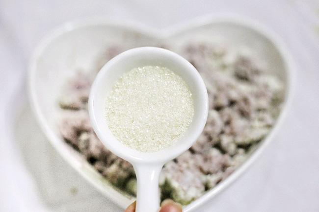 Ngày nghỉ làm khoai môn chiên giòn rụm thơm phức ăn vặt cực ngon - Ảnh 3