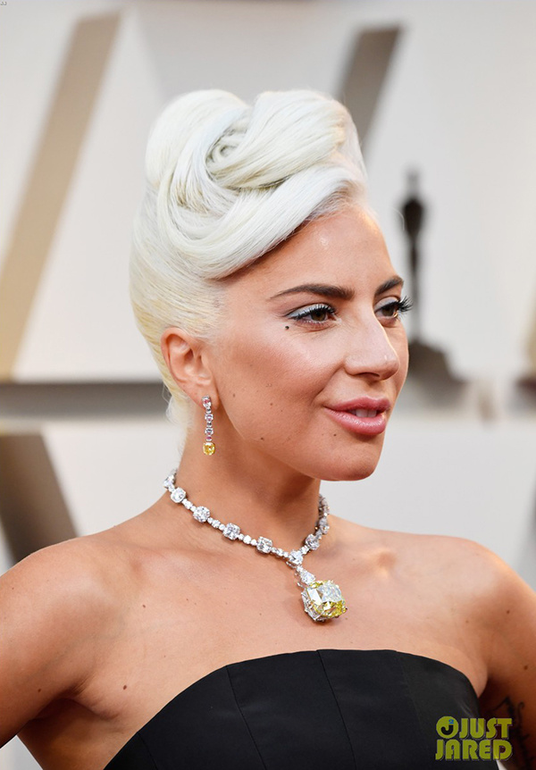 Lady Gaga đến Oscar với viên kim cương nổi tiếng nhất thế giới - Ảnh 3