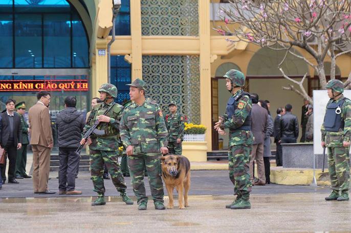 Nhiều lớp an ninh thắt chặt tối đa ở ga Đồng Đăng trước Thượng đỉnh Mỹ-Triều - Ảnh 1