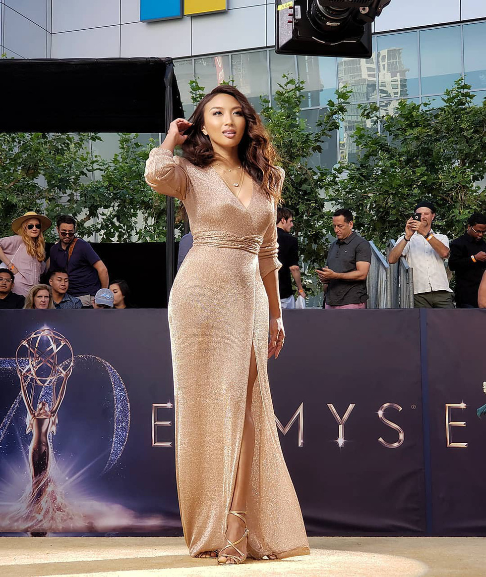 Nữ MC gốc Việt dẫn hậu trường thảm đỏ của Oscar 2019 - Ảnh 1
