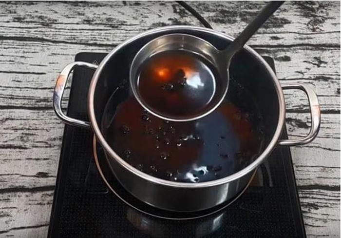 Nấu vài hạt đậu đen rang với nước nóng để uống mỗi sáng, da dẻ hồng hào, mịn màng bất chấp nắng nóng oi bức mùa hè - Ảnh 3
