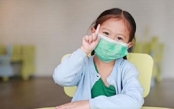 8 khuyến cáo bố mẹ cần ghi nhớ để bảo vệ trẻ trước dịch COVID-19 - Ảnh 1