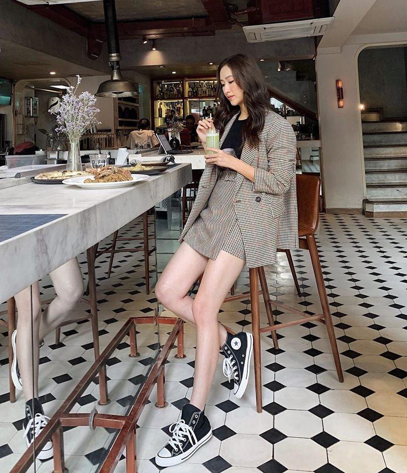 Tuyệt chiêu mix áo blazer thanh lịch của sao Việt ngày giao mùa - Ảnh 9