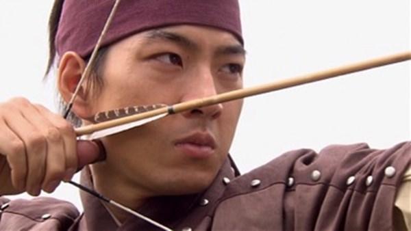 Dàn sao Truyền thuyết Jumong sau 12 năm: Người thành sao hạng A, kẻ rút lui khỏi làng giải trí - Ảnh 3