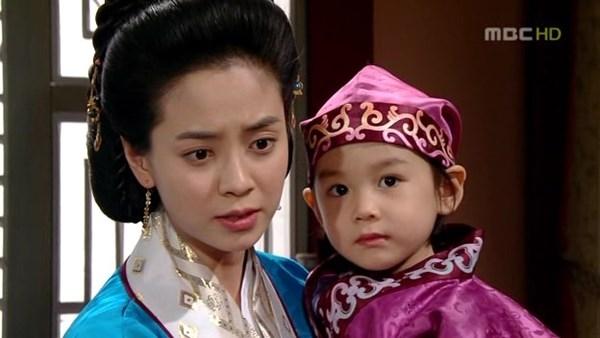 Dàn sao Truyền thuyết Jumong sau 12 năm: Người thành sao hạng A, kẻ rút lui khỏi làng giải trí - Ảnh 8