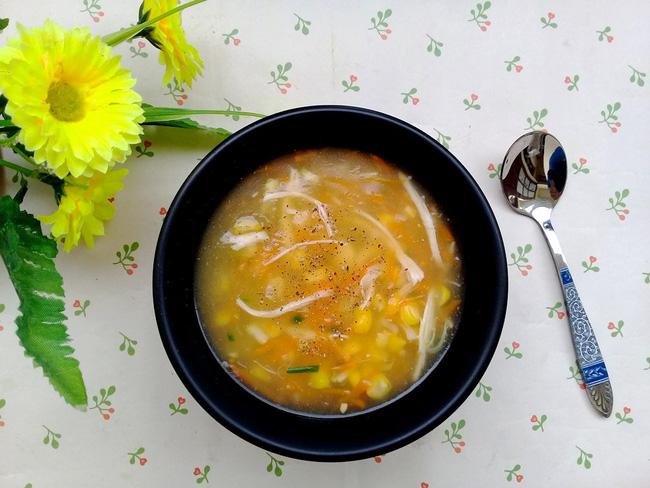 Bữa sáng muốn nhẹ bụng, hãy nấu ngay món súp gà ngon lành mà đủ chất này bạn nhé! - Ảnh 5