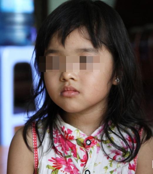 Xôn xao thông tin cô giáo mầm non đánh đập, trói tay chân bé gái 4 tuổi vì không tặng hoa ngày 8/3 - Ảnh 1