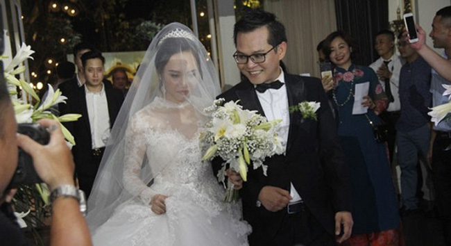 Dàn sao phía Bắc nô nức đến dự đám cưới hoành tráng của NSND Trung Hiếu và vợ trẻ kém gần 2 giáp - Ảnh 8