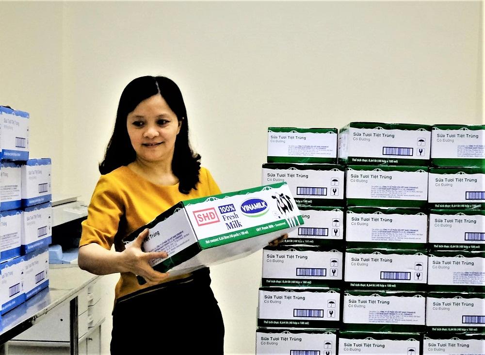 Hàng triệu ly sữa học đường cung cấp cho trẻ em thủ đô Hà Nội mỗi ngày - Ảnh 2