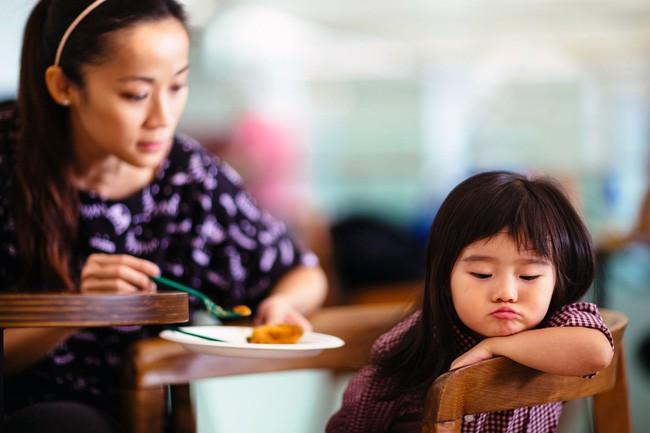 Muốn con nên người, mẹ chớ lơ là việc dạy con đức tính kiên nhẫn với 5 phương pháp hiệu quả này - Ảnh 1