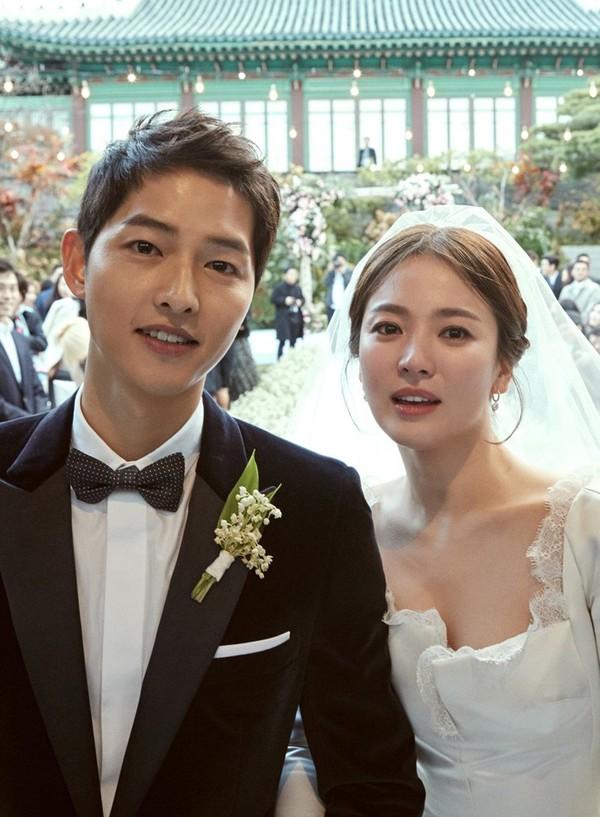 Sau tin đồn cặp đôi Song Song đổ vỡ, Goo Hye Sun - Ahn Jae Hyun khiến dân mạng lo lắng vì điều này? - Ảnh 1