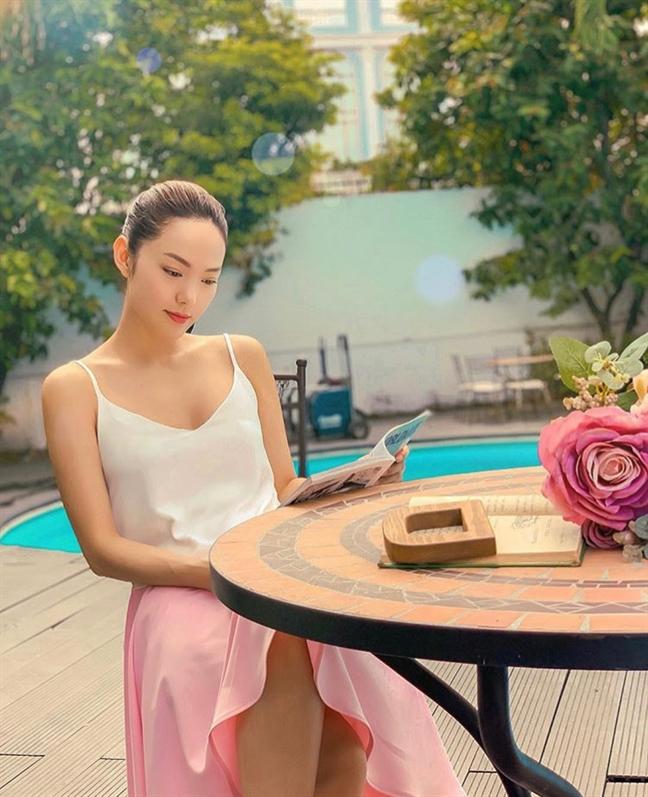 Thời trang tránh nắng nóng của sao Việt - Ảnh 6