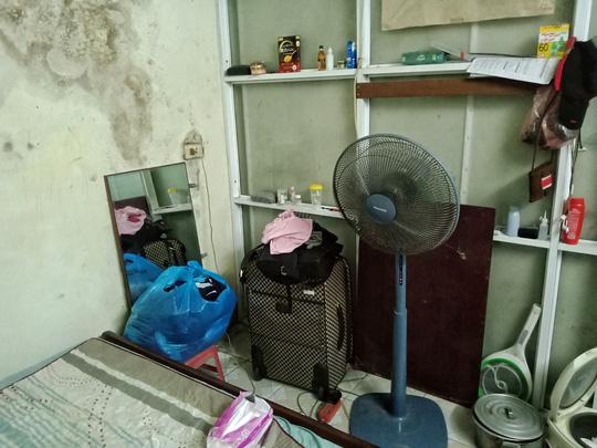 Ứa lệ trong đêm trắng ở căn nhà xập xệ của nữ công nhân môi trường tử nạn - Ảnh 10
