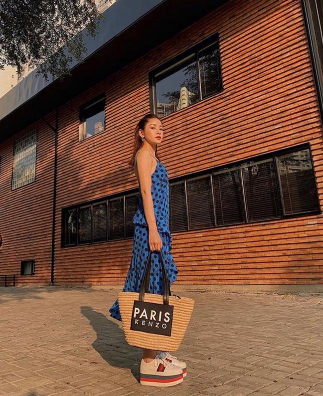 Thời trang tránh nắng nóng của sao Việt - Ảnh 2