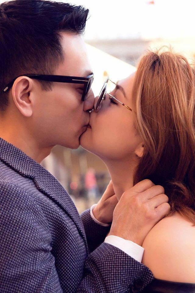 Thanh Thảo 'khóa môi' chồng say đắm, ngọt đến mức Quyền Linh cũng phải thốt lên - Ảnh 4