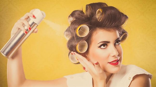 Bí quyết giúp thoát khỏi mái tóc nhờn bết vì thời tiết - Ảnh 4
