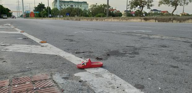 Bé trai 18 tháng tuổi thoát chết kỳ diệu sau vụ tai nạn nghiêm trọng khiến cả gia đình nhập viện ở Ninh Bình - Ảnh 4