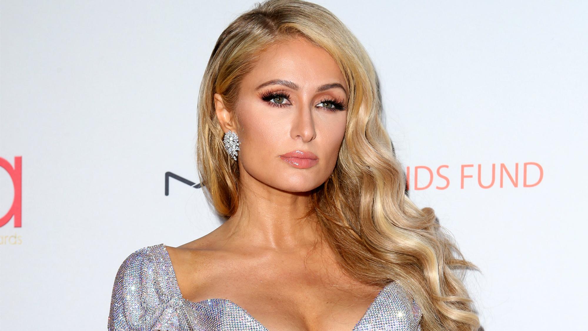 Bí mật ít ai biết giúp Paris Hilton giữ dáng lại trẻ đẹp hơn nhiều so với tuổi thật, tự tin sánh đôi bên hôn phu kém 4 tuổi - Ảnh 1