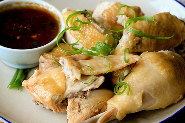 Cách làm món gà hấp hành thơm ngon chuẩn vị giúp thay đổi khẩu vị cho cả gia đình - Ảnh 1