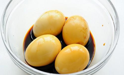 Thịt heo kho trứng ai cũng biết, nhưng cánh gà kho trứng ngon gấp vạn lần bạn đã biết chưa? - Ảnh 1