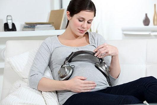 4 thói quen khi mang thai giúp bé sinh ra khỏe mạnh thông minh như thiên tài, mẹ bầu nào cũng nên biết - Ảnh 2