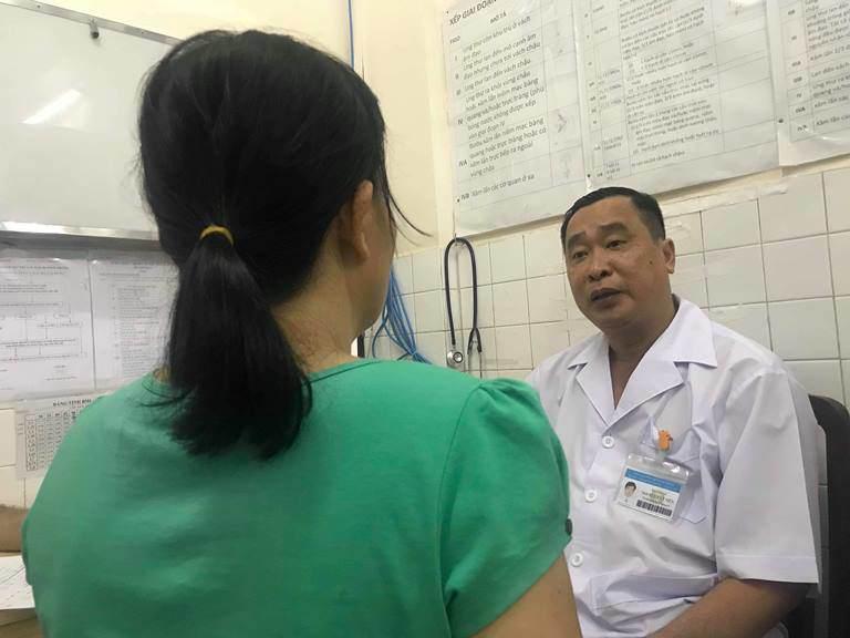 Tin lời uống thuốc nam, người phụ nữ mắc ung thư buồng trứng nguy kịch vì tắc ruột - Ảnh 2