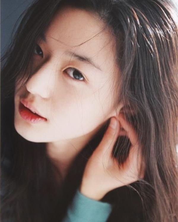 Tiết lộ về các phương pháp skincare của Song Hye Kyo và loạt sao Hàn khiến fan bất ngờ - Ảnh 1