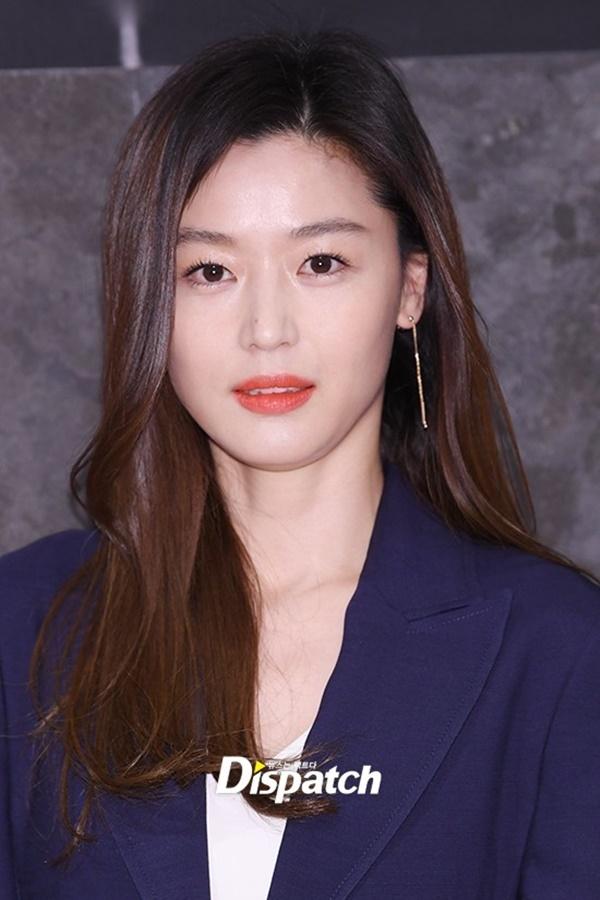 Tiết lộ về các phương pháp skincare của Song Hye Kyo và loạt sao Hàn khiến fan bất ngờ - Ảnh 2