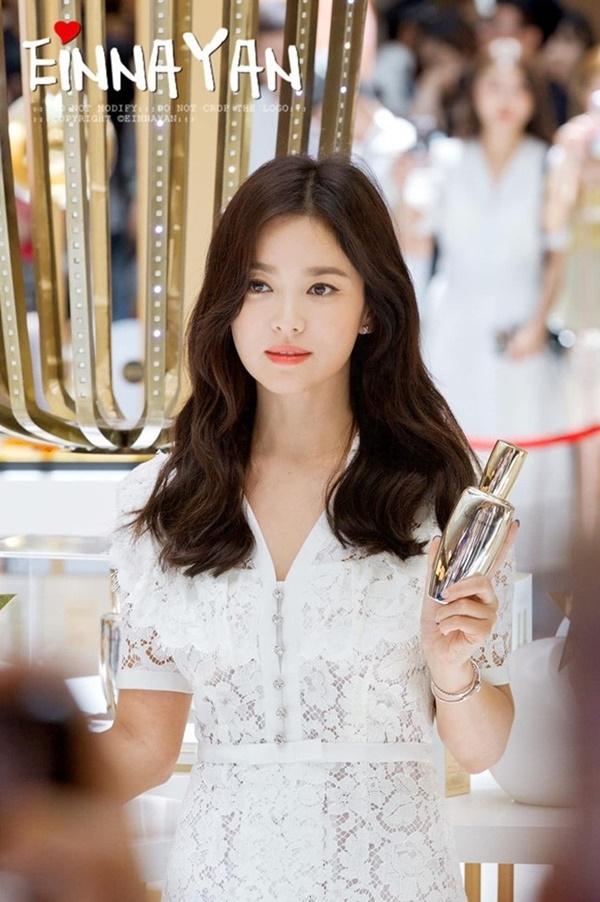 Tiết lộ về các phương pháp skincare của Song Hye Kyo và loạt sao Hàn khiến fan bất ngờ - Ảnh 4