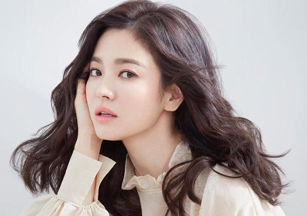 Tiết lộ về các phương pháp skincare của Song Hye Kyo và loạt sao Hàn khiến fan bất ngờ - Ảnh 5