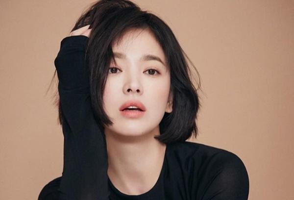 Tiết lộ về các phương pháp skincare của Song Hye Kyo và loạt sao Hàn khiến fan bất ngờ - Ảnh 6