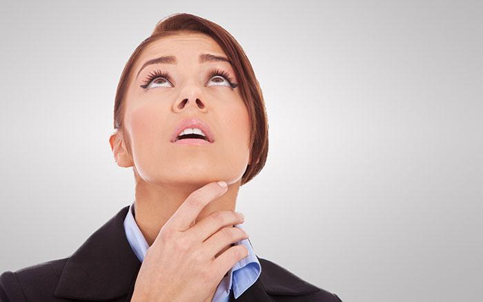 5 động tác yoga cho khuôn mặt cực đơn giản giúp phụ nữ U50 sở hữu làn da mịn màng, săn chắc như thời còn trẻ - Ảnh 3